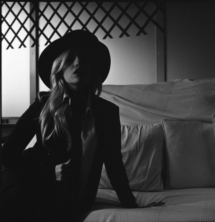 Chi sei: Klara Murnau - Detective (o Spia? )